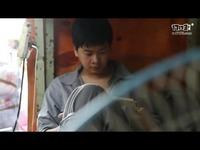 《征途2》百万圆梦 农民工宿舍送电脑拉网线